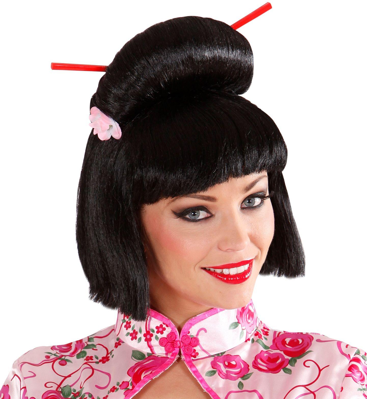 Geisha pruik met bloem en chopsticks