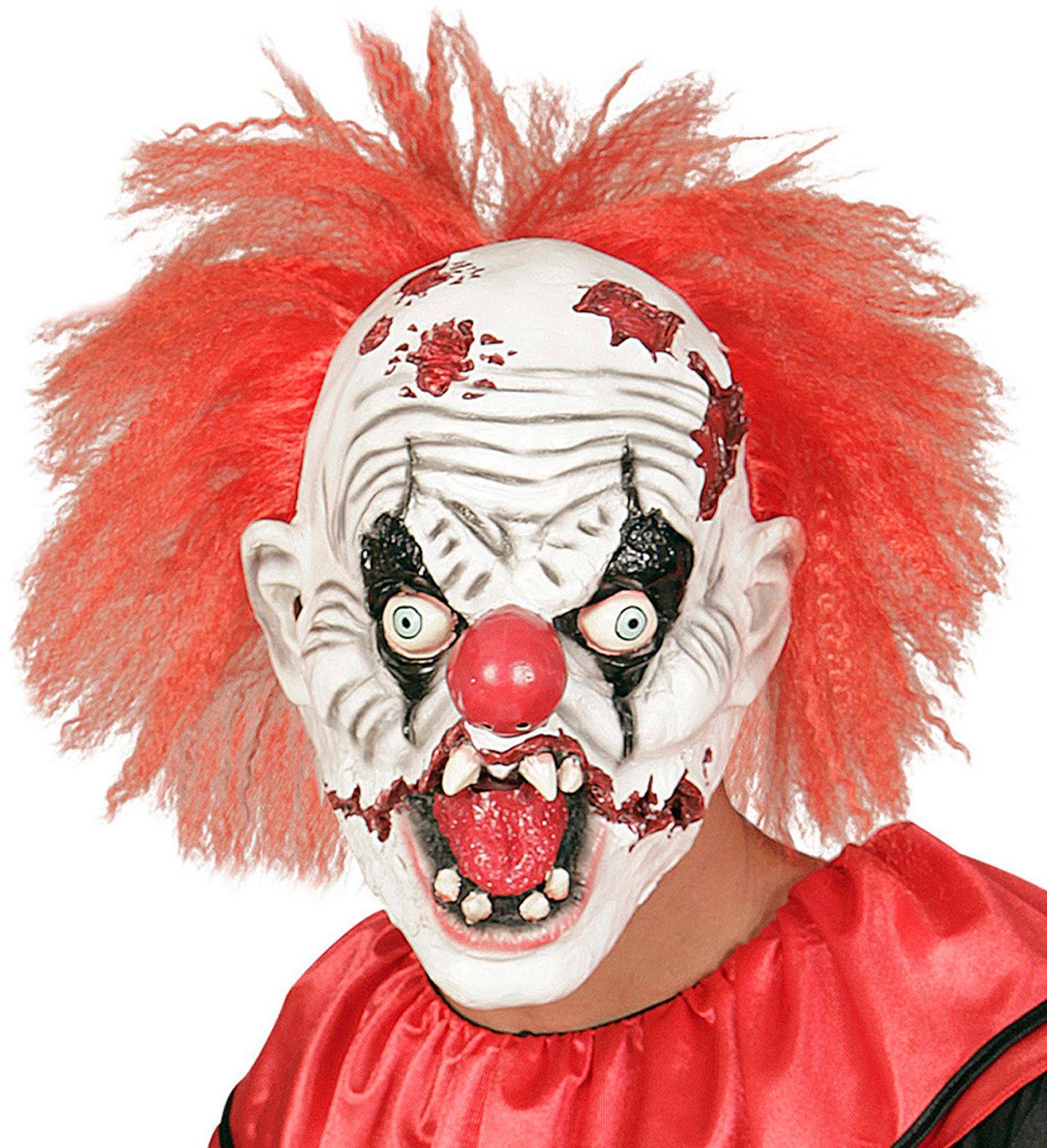 Killer clown masker met haar