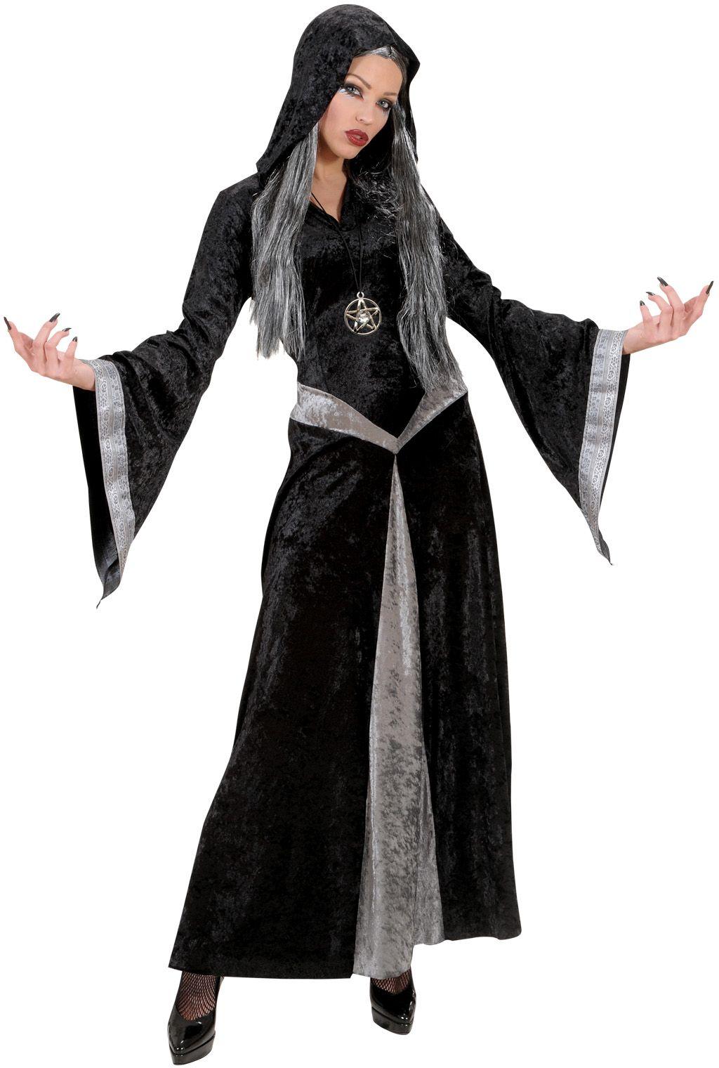 Tovenares kostuum