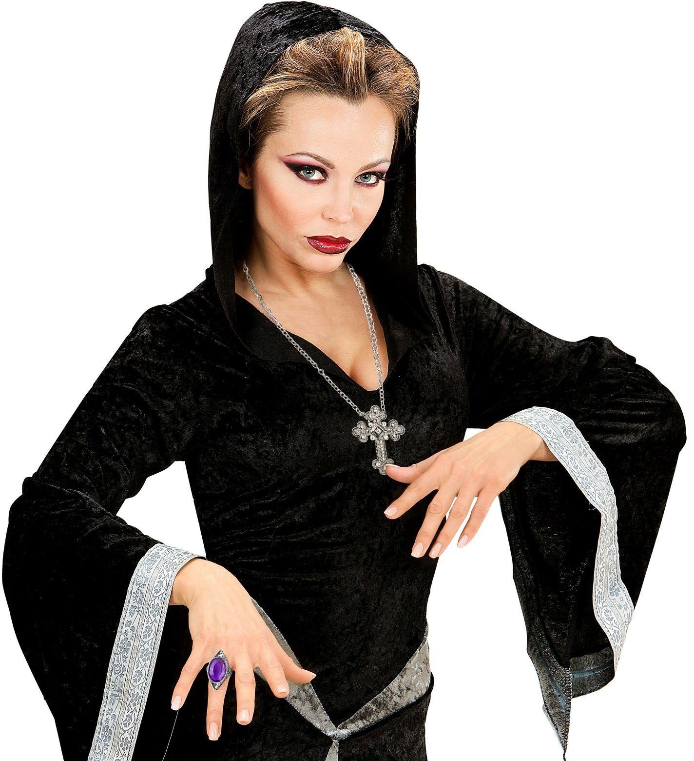Zilveren gotische ring met paarse steen