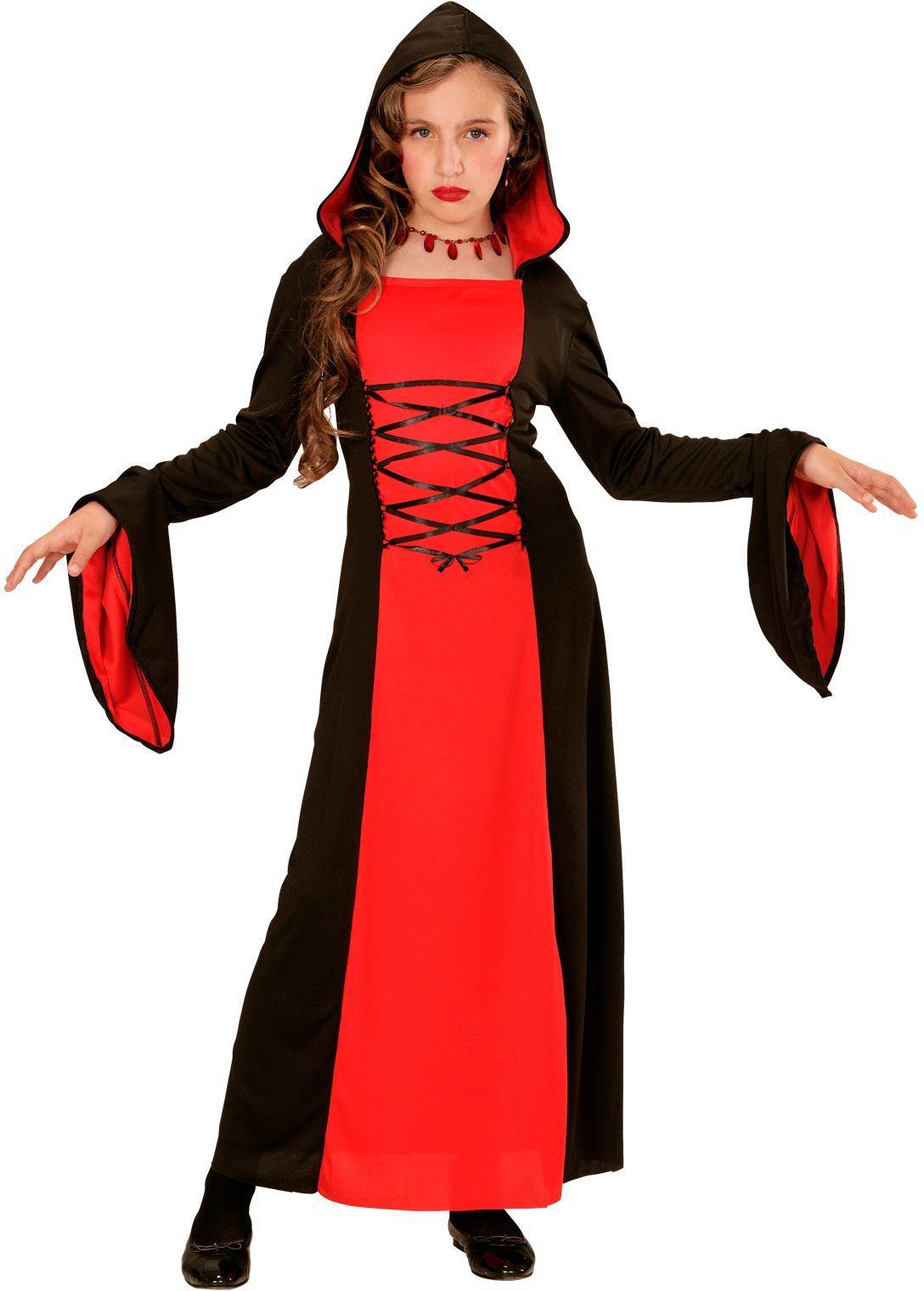 Zwart-rood gotisch meisje